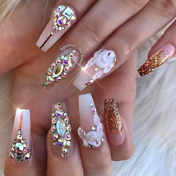 "5 Likes, 1 Comments - Karii Nails (@karigonznails) on Instagram: ""#Crystals #Elegant pagina de facebook 👉 @fashionNailArts💖"""