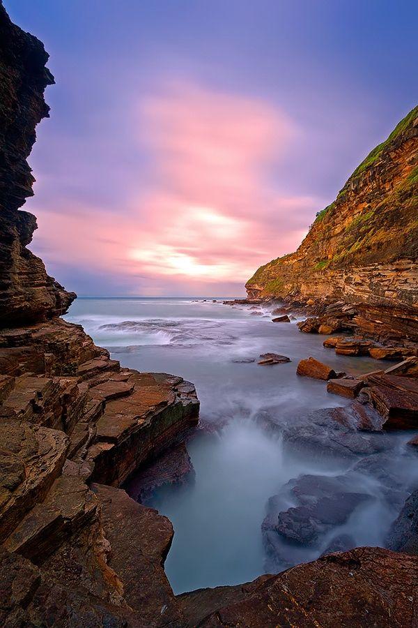 Warrieswood Blowhile, Sydney Australia.