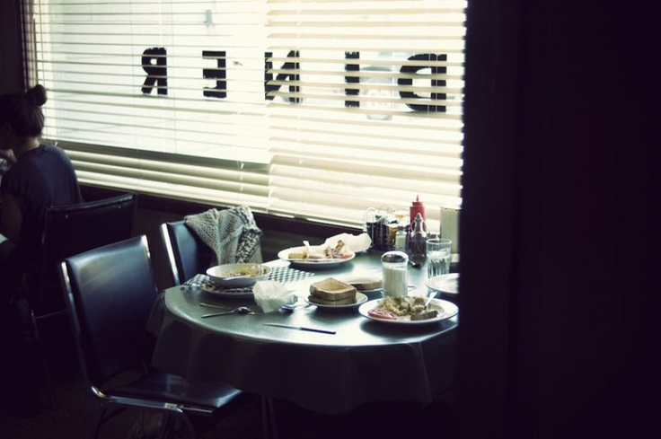 Lunch on the lam. Tara Tominaga | Writing | Artist | Photographer | Aesthetic www.taramtominaga.com