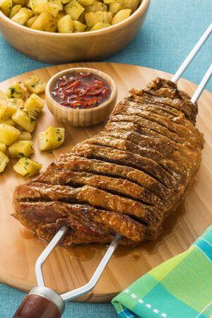 Churrasco de maminha com mandioca sautée por Academia da carne Friboi