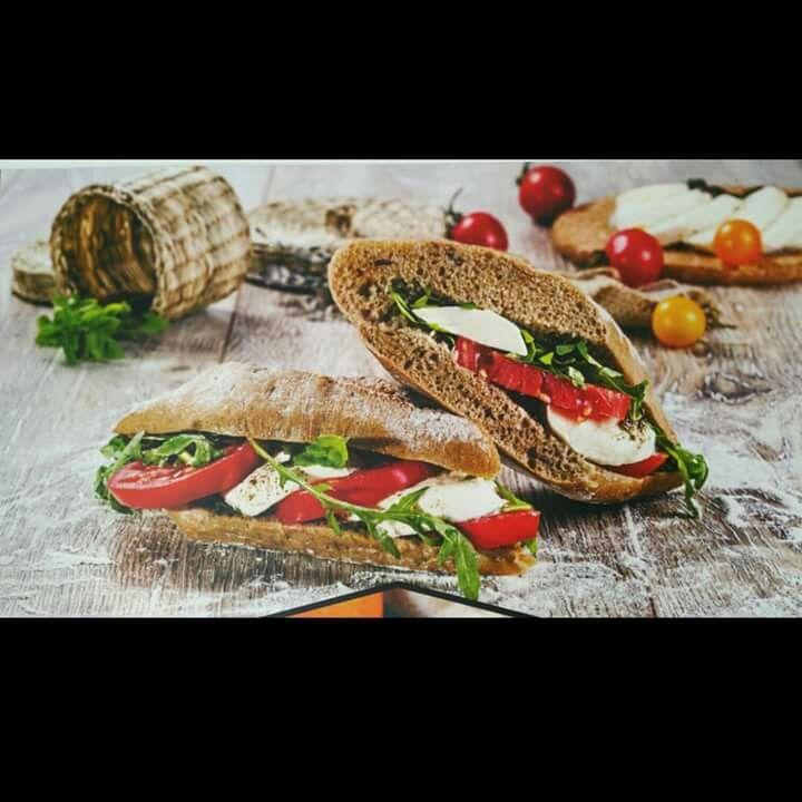 Caprese mozzarella and tomato sandwich foodstyling