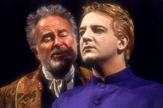 Simon Russell Beale | Community Post: 18 Actors Who Started Their Careers On Stage