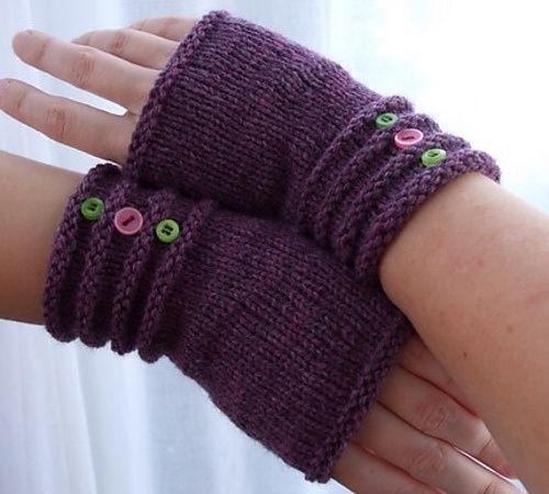 Knitted fingerless mitts