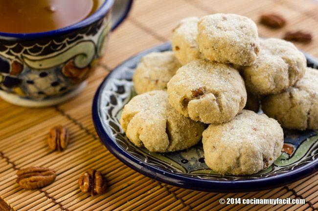 Mexican walnut cookies (Polvorones). Recipe