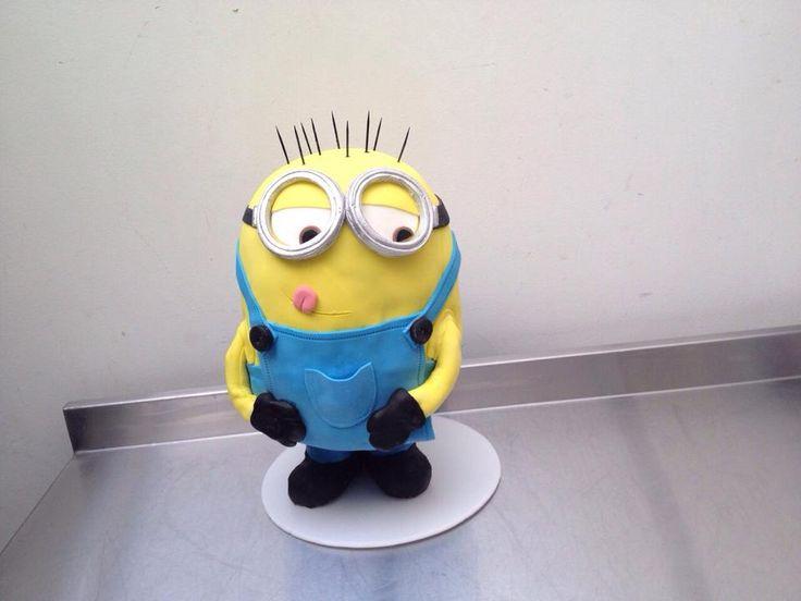Me encanta esta torta, fue un trabajo duro! y quede feliz con el resultado. Minion Kevin.