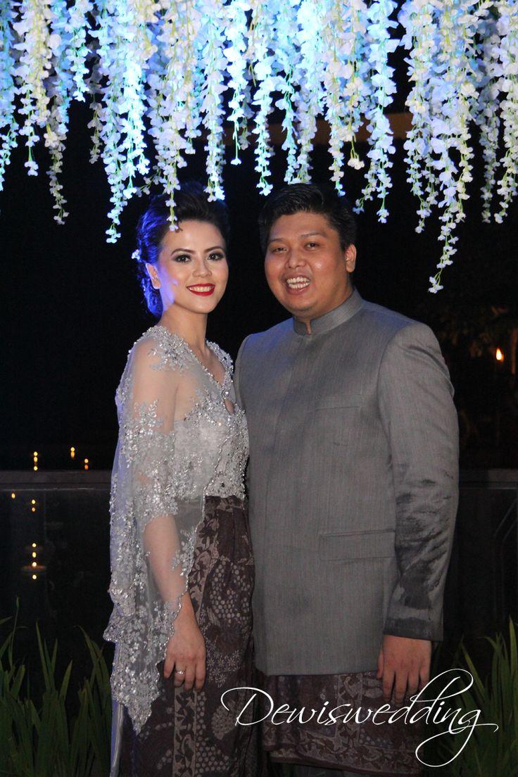 Paket Wedding Internasional Lengkap Komplit di Gedung Dekorasi Pernikahan di gedung
