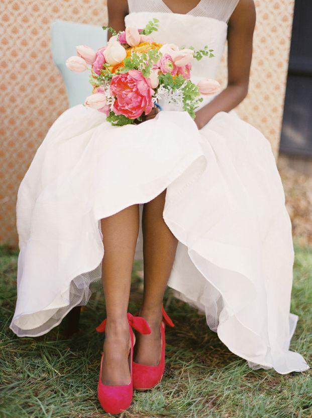 C Shoes Gorgeous Wedding Bouquet For A Pop Of Color