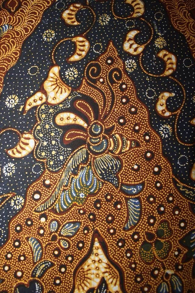 Hand-drawn Batik Tulungagung. Motive name Lengko Lung Burung. Private collection of Arief Laksono.