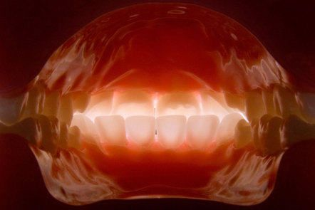 Learn how to achieve consistent and excellent results in all aspects of dental photography with this free online course.