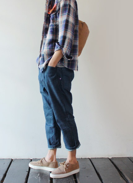this is cool....[THE NORTH FACE PURPLE LABEL] 4/5 STRETCH DENIM CLIMBING PANTS  - takanna.com #pants #northface