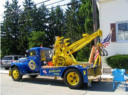 117 best images about vintage tow trucks on pinterest tow truck chevy and trucks. Black Bedroom Furniture Sets. Home Design Ideas