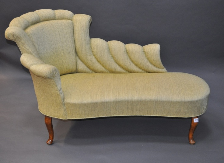 19th Centure Chaise Longue Upholstered In Unbleached Linen