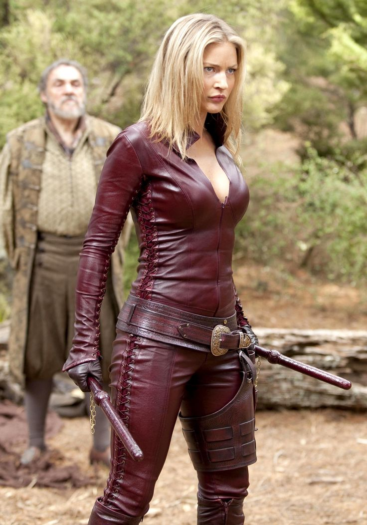 Cara from Legend of The Seeker