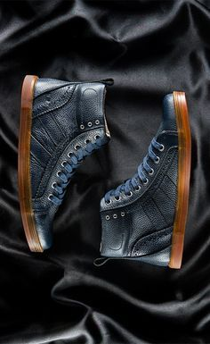 Mingle with the A-listers in this high-top sneaker. Rocking a leather upper, cushioned insole, and rubber sole, BRENTWOOD breathes confidence and style. Take