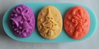 http://www.crealonkie.nl/siliconen-mal-mold-cameo-kerst-marsepein-zeep-chocolade-taart-cupcake  Cameo Kerst siliconen mal - Overige Hobby   Vrijetijd - Hobby en Vrije tijd op Intramarkt.be