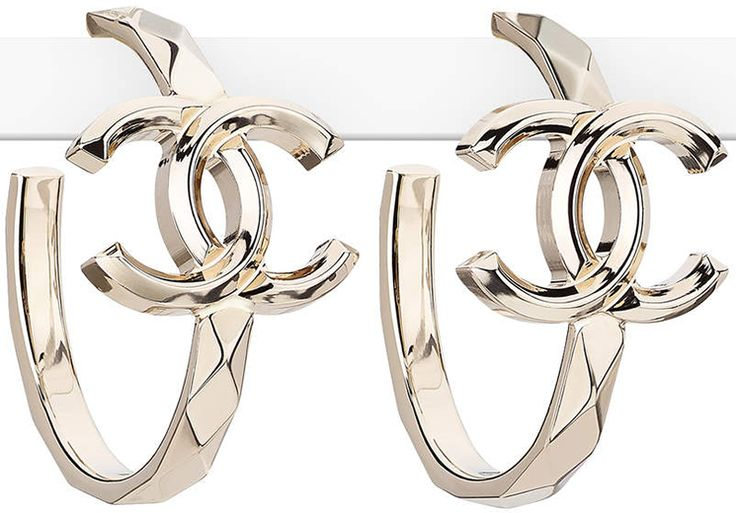 Chanel-Earrings-From-The-Spring-Summer-2017-Collection-39