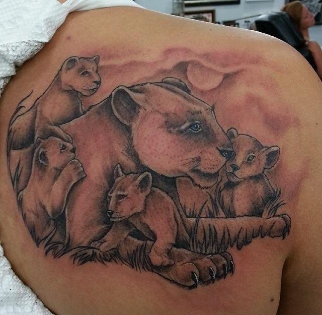 50 best images about tatuajes on pinterest lion tattoo a lion and tatoo. Black Bedroom Furniture Sets. Home Design Ideas