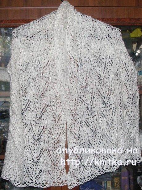 белый ажурный палантин спицами работа елены вязание и схемы вязания
