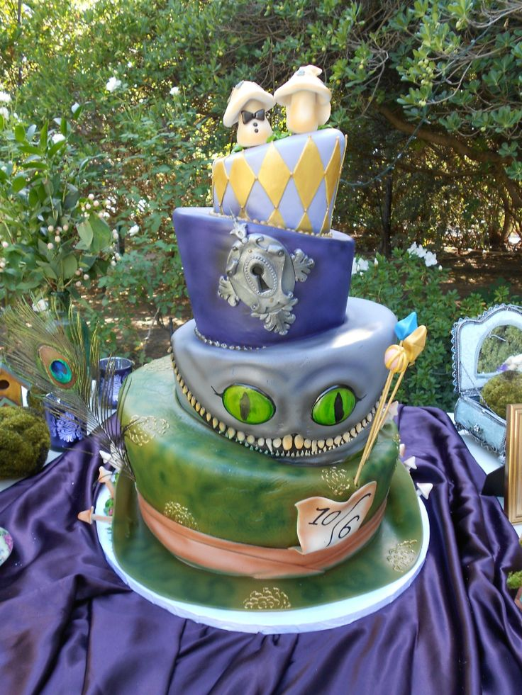 Alice In Wonderland Themed Wedding Cake Frosted Cakery Fresno Ca