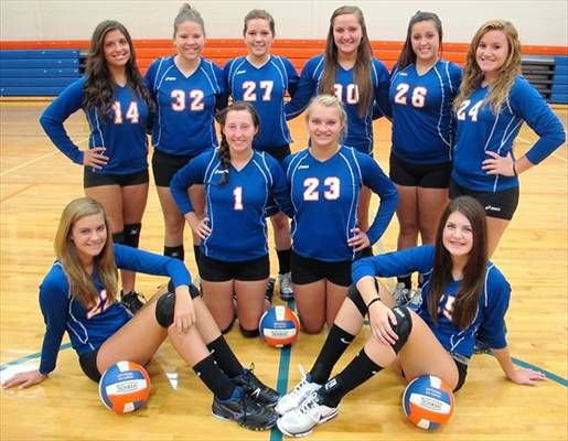 Argenta-Oreana Volleyball team photo; 2012