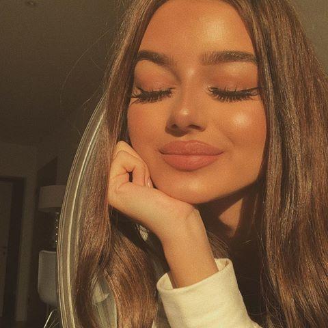 Instagram hübsche mädchen Schöne Mädchen