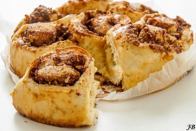 Carolines blog: Zoete broodjes met pecan, ahorn & kaneel