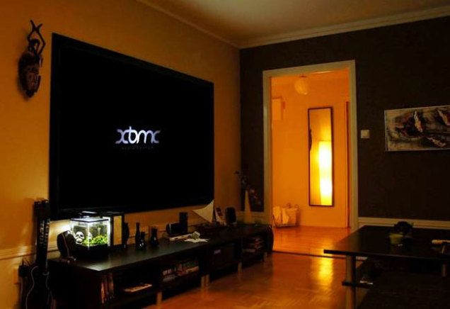 Turn an Old Computer into an XBMC Home Theater PC