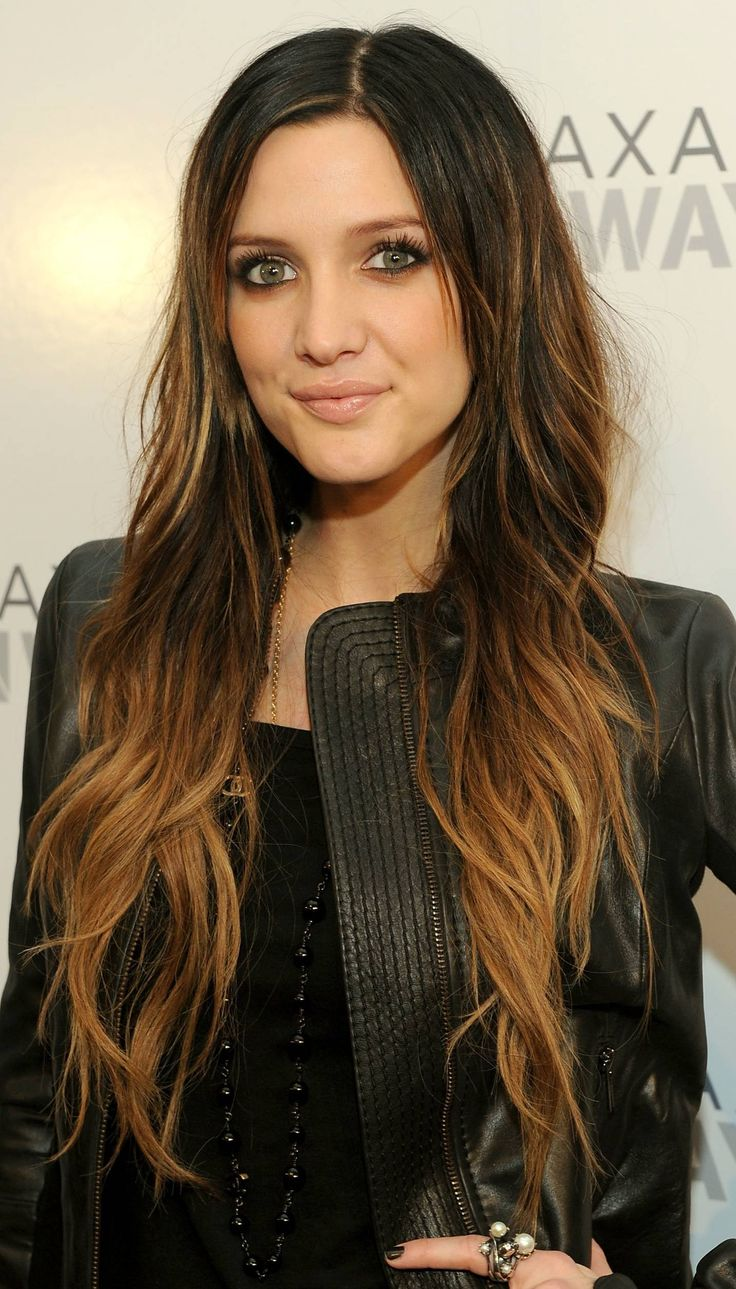 I'm totally gonna go for the Ombre look. I think this would be perfect for me considering my hair pretty much already looks like this :)