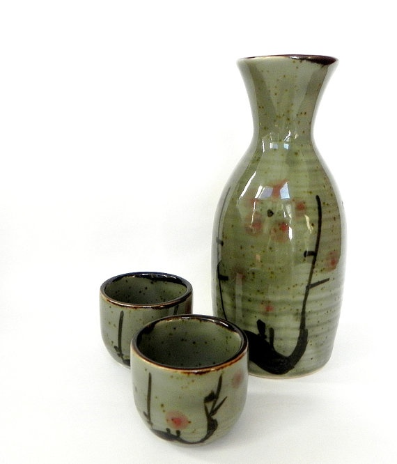 Vintage Japanese Sake wine bottle and cups set by ZenBao