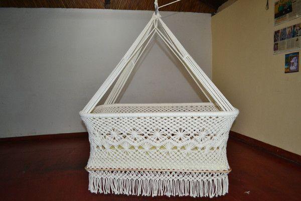 Organic cotton hanging bassinet, hanging cradle, hanging crib