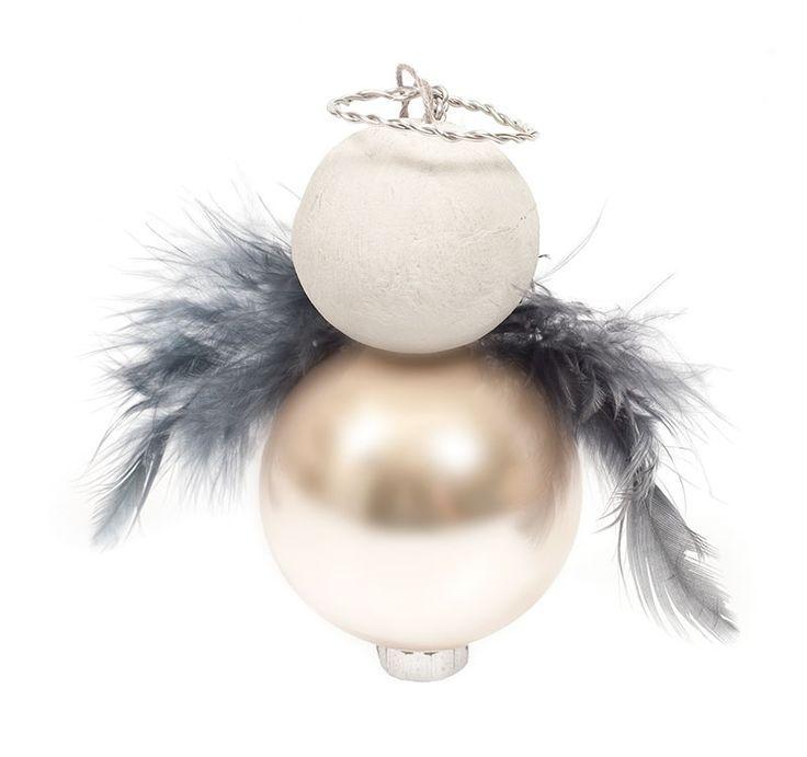 Anleitung: Engel aus Weihnachtskugeln basteln – #A…