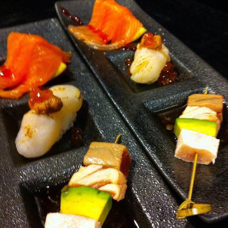 Stuzzichino del giorno #sushi#sushiporn#stuzzichino#salmone#sale#tartufo#capesante#aburi#spiedino#tataki#appetizer#salmon#scalop#nighiri#お通し#突き出し#roma#italia by t2on7172