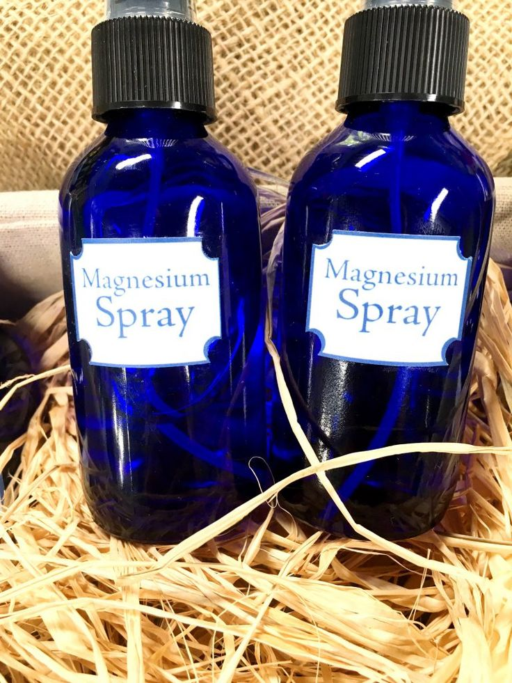 Relieve muscle spasms and twitches with my DIY magnesium spray! http://sophieuliano.com/diy-magnesium-spray/