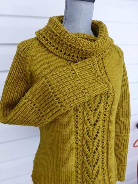 I love everything about this Capriccio sweater. This is one project I really should knit for next winter. I'm so fond of cowl neck sweaters.   Ravelry: wool4willows Capriccio
