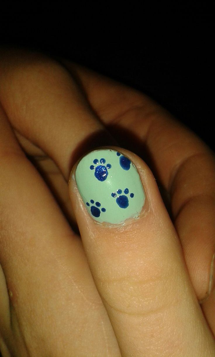 Painted my friends nails !