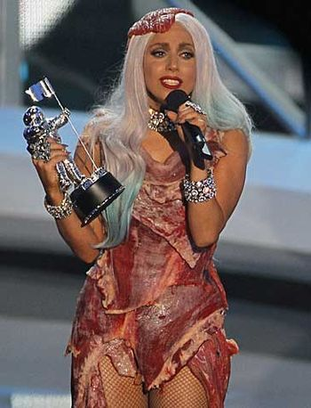 this makes me a little queasy... http://latimesblogs.latimes.com/gossip/2010/09/lady-gaga-meat-dress-made-of-real-meat.html