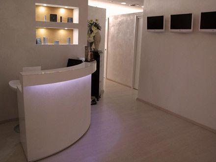 Arredamento per centri estetici e centri di abbronzatura