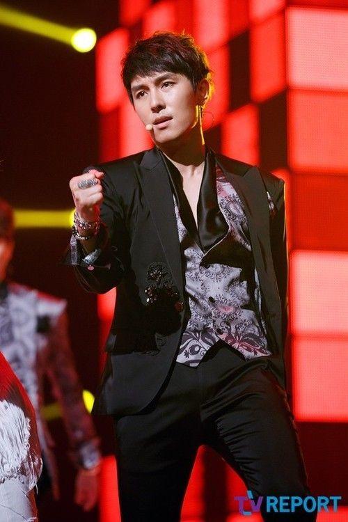 Shinhwa this love Dongwan