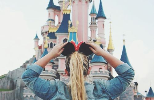 Image de disney, girl, and love