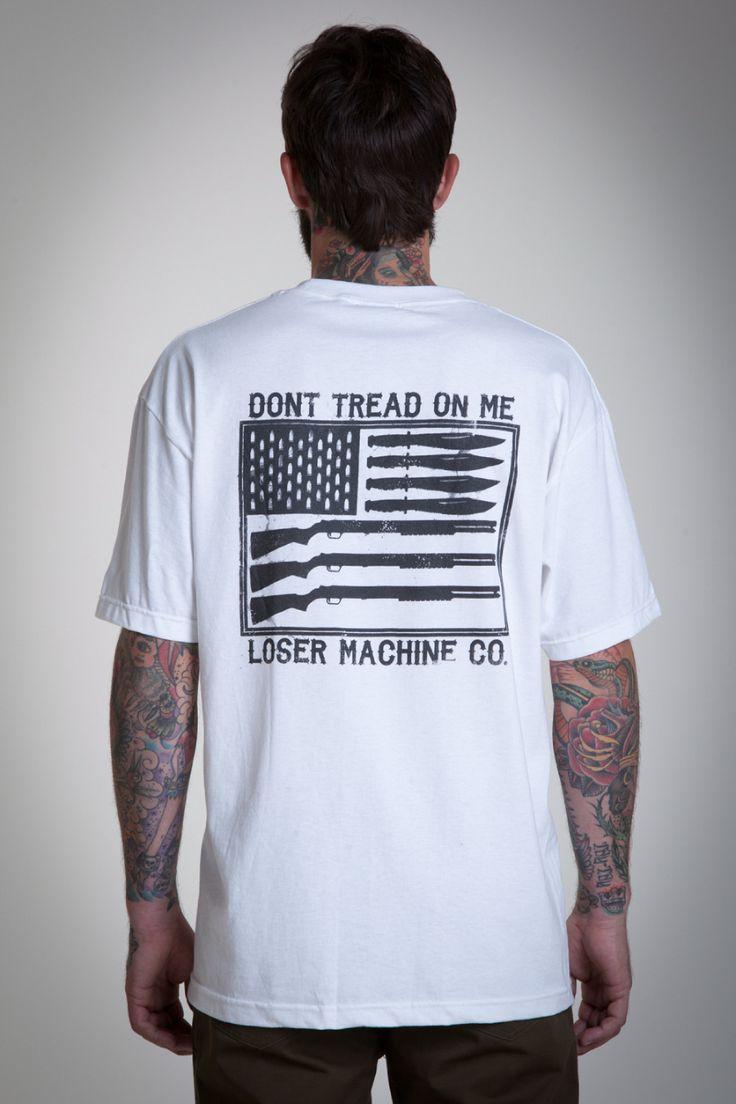 Loser Machine – Destroy the future  Difficile d'évoquer la marque Dark Seas sans parler du vaisseau amiral qui se cache derrière… Comme promis, voici donc un petit passage en revue du label californien Loser Machine. Au menu : motorcycles, hot rod, skateboard, surf et rock'n'roll…  http://www.grafitee.fr/tee-shirt/loser-machine/  #LoserMachine #Tshirts #USA #fashion #trends