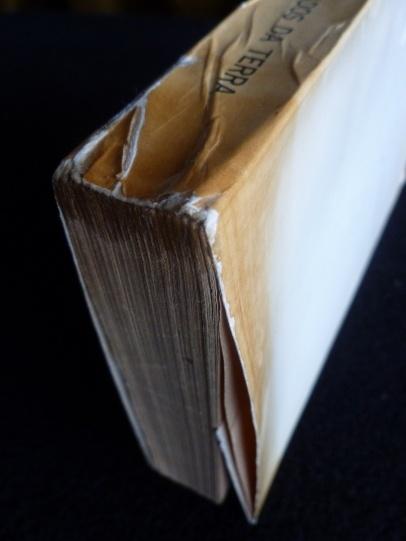 http://ressabiator.wordpress.com/2012/08/21/quem-queima-livros/#: Queima Livros, Pop-Up Books