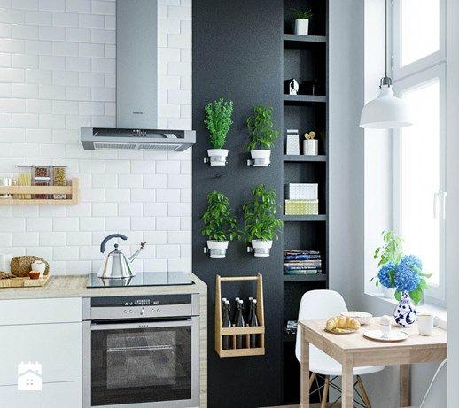Aranżacje wnętrz - Kuchnia: Kuchnia we wrocławskiej kamienicy. - Houselab. Przeglądaj, dodawaj i zapisuj najlepsze zdjęcia, pomysły i inspiracje designerskie. W bazie mamy już prawie milion fotografii!