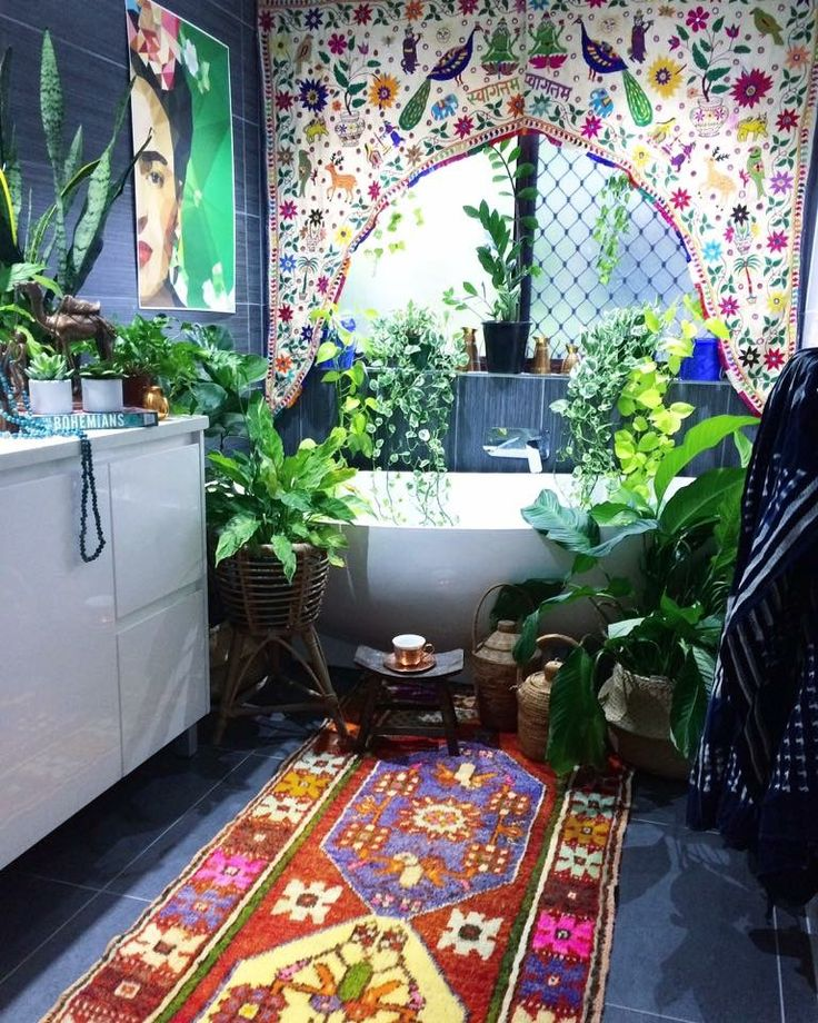 When the noise of the world gets too loud & too crazy, you will find me riiiiiight here. ✌ My bohemian jungle bathroom. Surrounded by the earth, art, textured beauties & delicious textiles.