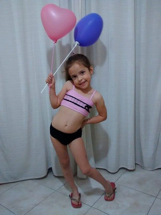 Bikini rosa y negro