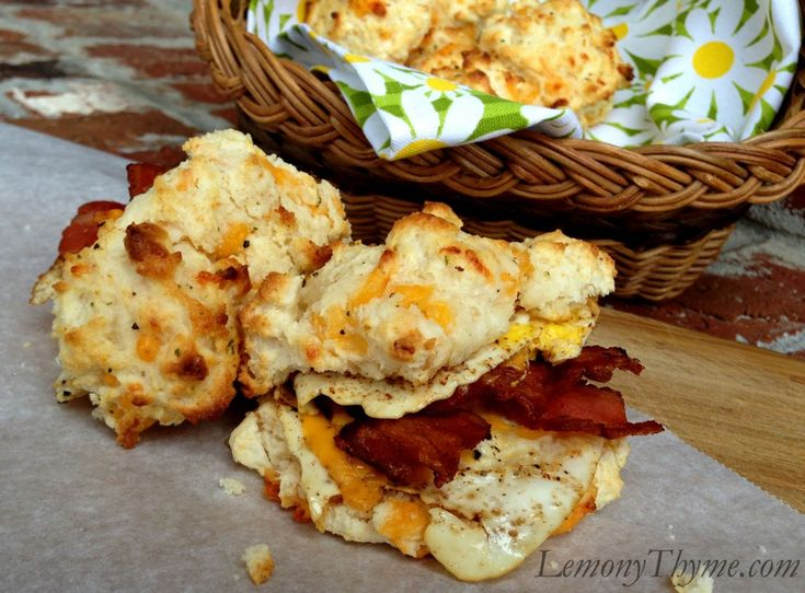 Bacon, Egg & Cheddar Cheese Biscuits...oh my my!! | LemonyThyme.com ...