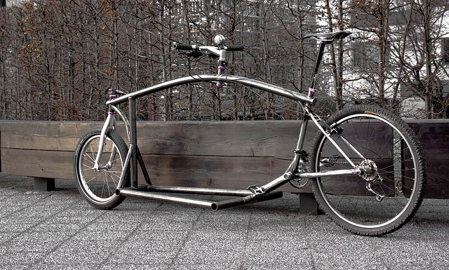 Now, this is a cool cargobike!