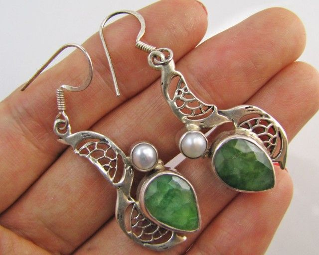 42Cts  Emerald & pearl  set in silver eEarrings  MJA 1224  NATURAL EMERALD AND PEARL EARRINGS  GEMSTONE SET JEWELLERY AT GEMROCKAUCTIONS