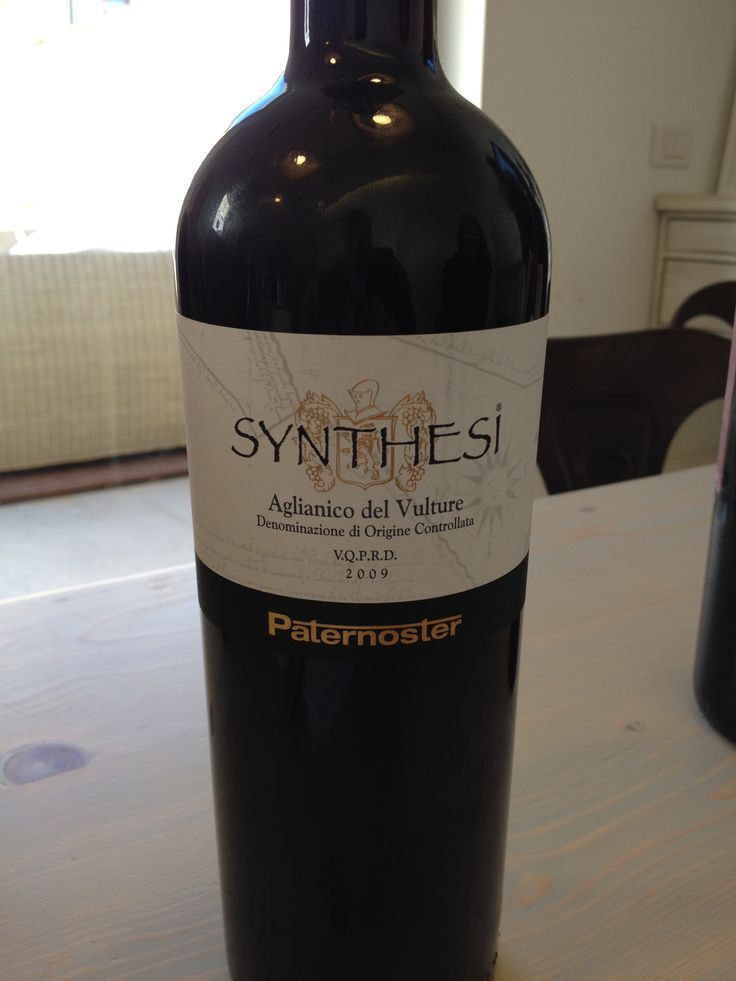 2009 Paternoster Synthesi Aglianco del Vulture DOC, 13.5%, 10 euro Deep ruby red with ruby reflections. Ample on the nose with: Black cherry, oak, licorice, herbs, dark fruits and spice moving into dark chocolate moving into eggplant. Amazing. Dry, quite soft, balanced with great persistence, a full body, and notes of cherry, dark fruits, and spice. BP: Buy in Bulk my friends!