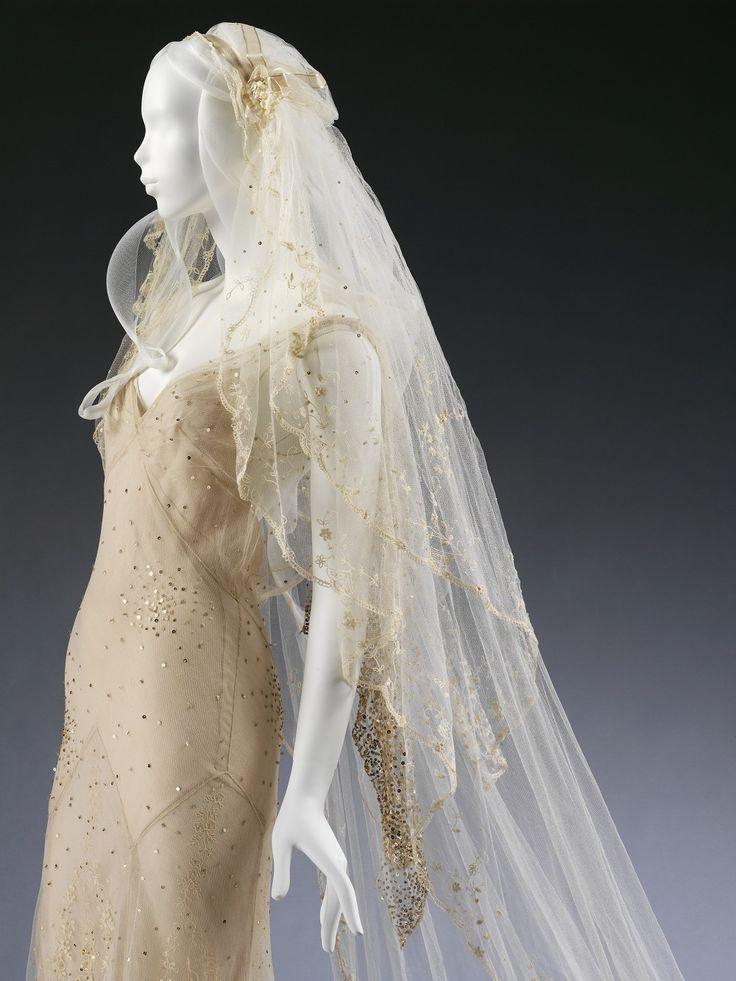 The 25 best kate moss wedding dress ideas on pinterest simple kate mosss wedding dress designed by john galliano junglespirit Gallery