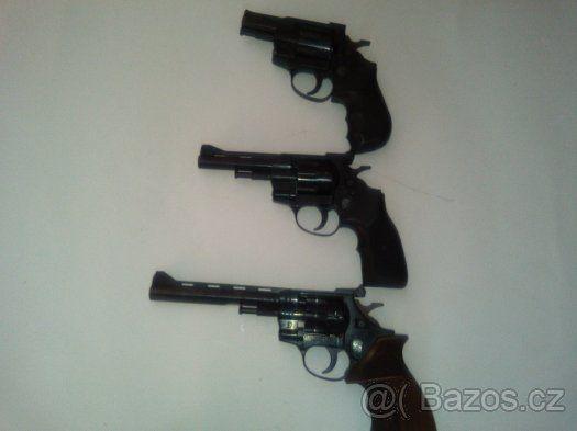 Flobert revolver Arminus cal.4mm - Prodám Flobert revolver Arminus 4mm v pěkném stavu více kusu volně prodejná zbran od 18ti let není potřeba ZP levné střílení.https://s3.eu-central-1.amazonaws.com/data.huntingbazar.com/11967-flobert-revolver-arminus-cal-4mm-flobertky.jpg